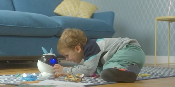 Winky, le robot éducatif made in France, arrive à Noël
