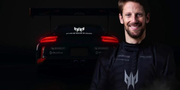 Acer x R8G e-Sports Sim Racing Team x Romain Grosjean