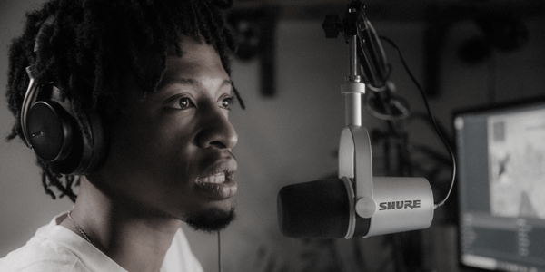 Shure MV7 microphone podcast