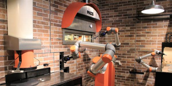 Pazzi - Cyril Hamon et Sébastien Roverso ouvrent le premier restaurant robotisé au monde